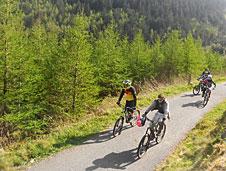 Bosques, monta�as, lagos y castillos salen al paso del ciclista a lo largo de esta ruta de 27 kil�metros.