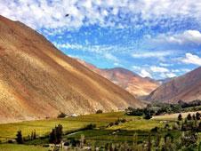 Las monta�as escarpadas caracter�sticas del valle del Elqui chileno. Foto: Shutterstock