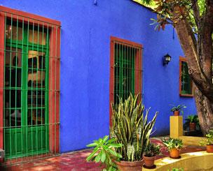 En la Casa Azul, hoy su museo, naci�, trabaj� y muri� la artista mexicana.