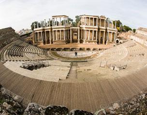 El Teatro Romano de M�rida acoge cada verano el Festival de Teatro Cl�sico. Foto: J. Marcos.