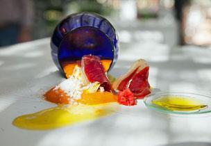 Las tortillas combinadas con salsas locales como el salmorejo del local La Salmoreteca de Córdoba.
