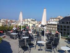 Terrazas del eixample de barcelona espana ocholeguas for Piscinas nudistas barcelona